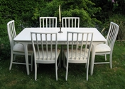 Beautiful white extending dining table and 6 chairs - SOLD