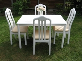 Beautiful white table and 4 chairs set - SOLD